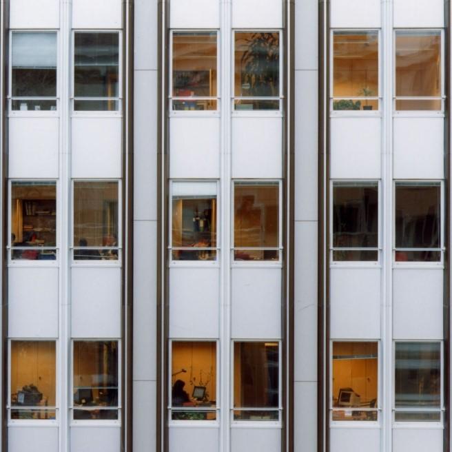 property management Figura 14 - Facciata rivestita da pannelli in Alucobond.jpg