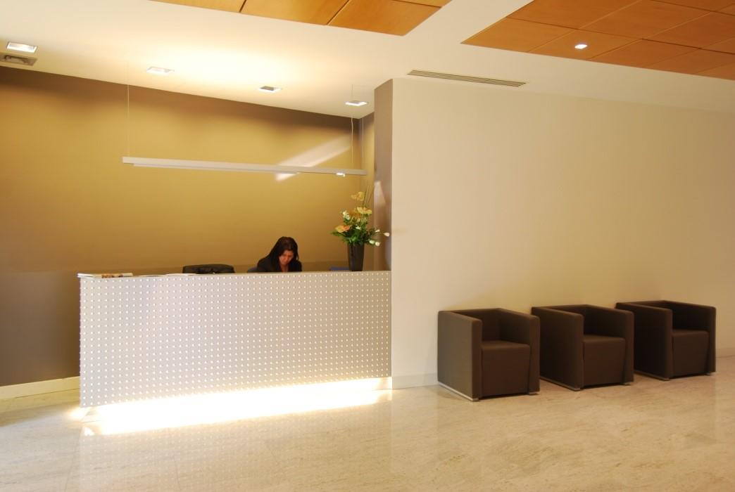 property management Figura 24 - La reception di via Bassi 2..jpg
